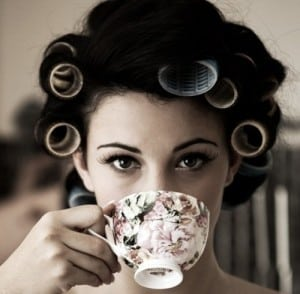woman drinking tea - 5 benefits of drinking tea